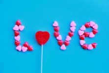 EFT tapping for love and romantic relationships